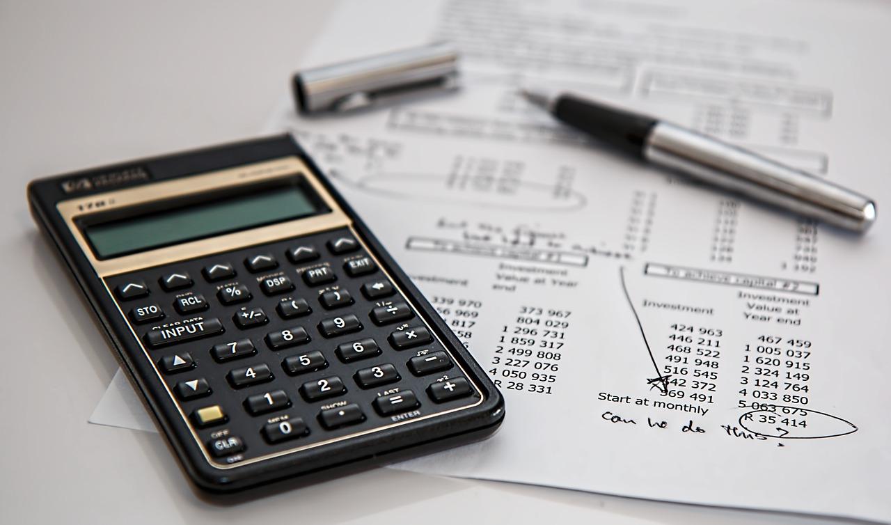 Entenda então como é calculado o seu imposto de renda e municipal!