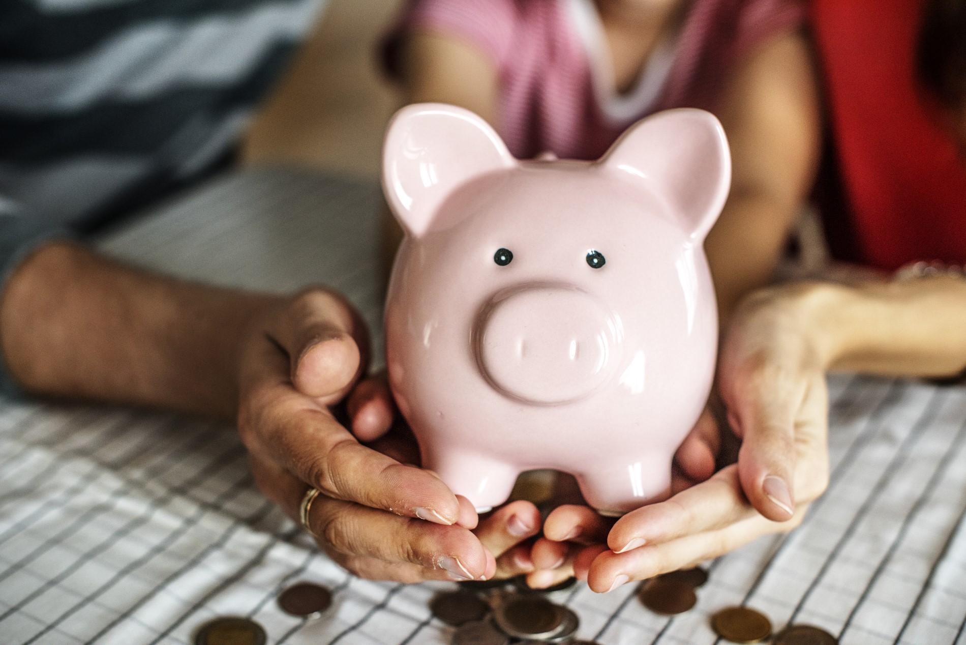 como guardar dinheiro no japão